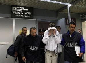 Kavkazskij diplomat pytalsja ugnat' samolet v Liviju
