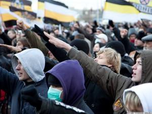 Russkie nacionalisty formirujut molodezhnuju armiju