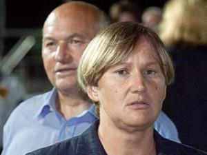 V sled za Luzhkovym na dopros vyzvana Baturina