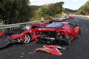 V Japonii razom razbilos' 9 avto na $4 mln