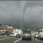 Число погибших от торнадо в США возросло до 38 человек, сотни ранены