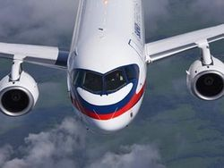 11 maja spasateli nachnut jevakuirovat' tela pogibshih v aviakatastrofe samoleta Sukhoi Superjet-100