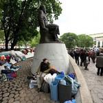 Суд обязал мэрию Москвы убрать лагерь оппозиции с Чистых прудов
