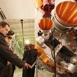 Медведев накажет виновных в неудачах Роскосмоса