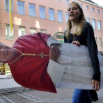 FEMEN протестуют против собрания кардинальского конклава