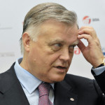 Мнимая отставка Якунина продолжает активно обсуждаться в Интернете