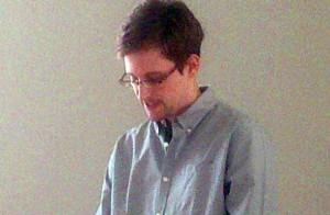Соединенные Штаты обвиняют российскую сторону в том, что она дала Сноудену платформу для пропаганды