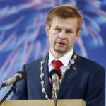 В Сети появились аудиозаписи разговоров ярославского мэра, где он требует взятку