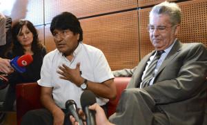 Президента Боливии обыскали в венском аэропорту