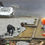На пл. Октября заменят тротуарную плитку