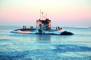 """13 августа в порту города Мумбаи Индия взорвалась и затонула подводная лодка """"Синдхуракшак"""""""