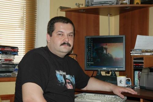 Сергей Лукьяненко подозревает пиратские библиотеки в работе на заграничные службы