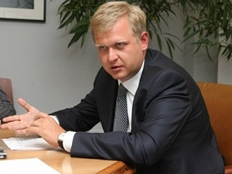 Капков запретил показ документалистики о Пусси Райот