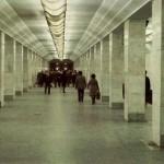 Движение поездов в метро было остановлено из-за поисков сбежавшего преступника