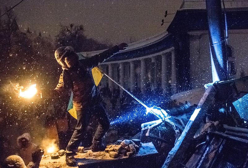 МВД начнет использовать против народа огнеметы