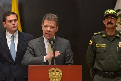 Колумбийский президент уволил за шпионаж главу военной разведки