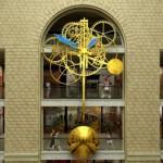 Самые большие часы в мире будут красоваться в «Детском мире», что на Лубянке