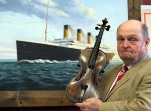 На аукционе в Лондоне продадут скрипку с Титаника