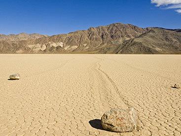 Раскрыта тайна движения камней из Долины Смерти